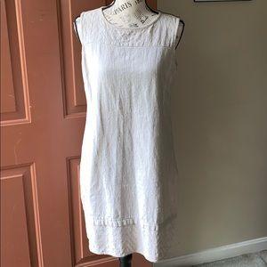 Dana Buchman khaki linen shift dress